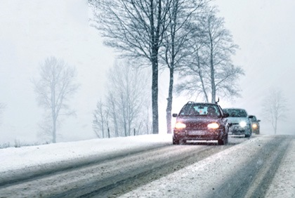Driving-in-Snow.jpg (1)