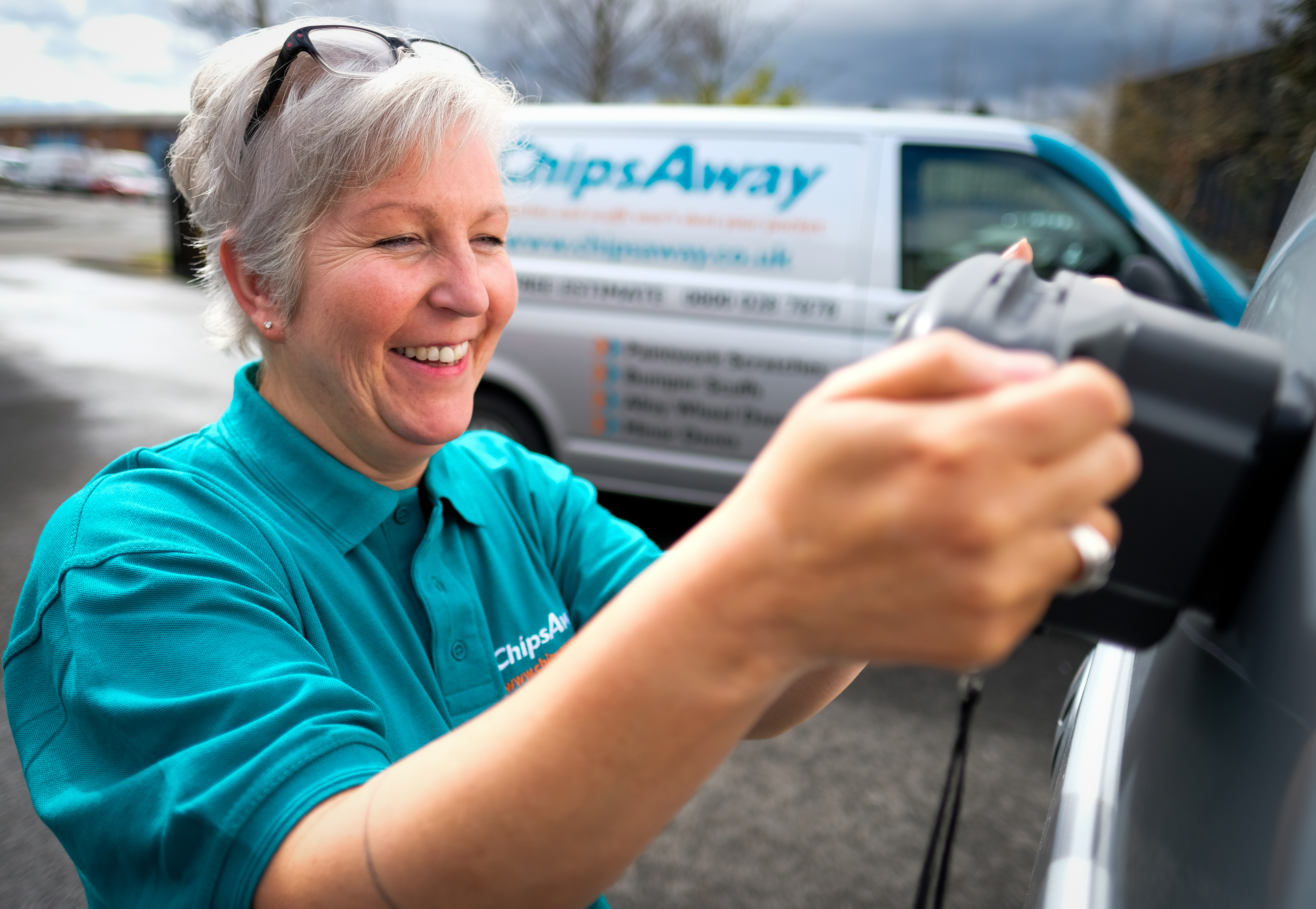 lady chipsaway repair specialist